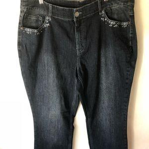 Denim - C J BANKS Jeans. (G26)